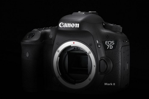 Design Cut EOS 7D Mark II 3 B Special