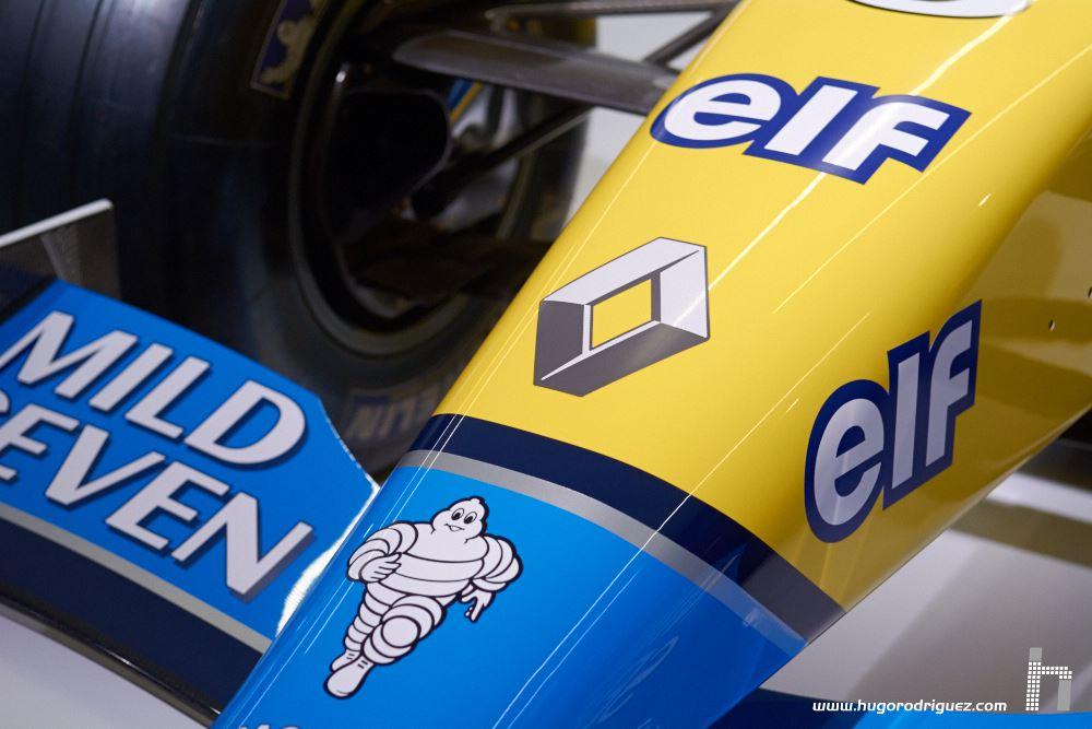 Expo-Fernando-Alonso-09-standard