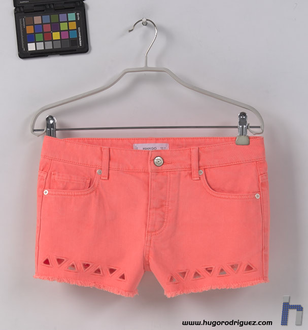 WOMAN SHORT FLUOR7 cal AdobeRGB