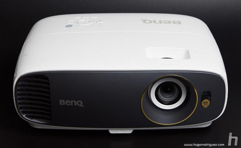 BenQ W1700 03